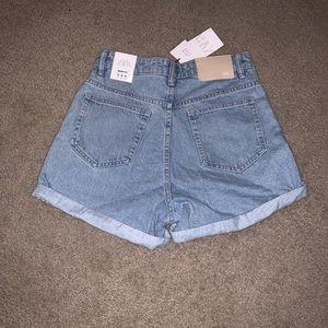 Zara Shorts - Mom-Jeans Denim Shorts